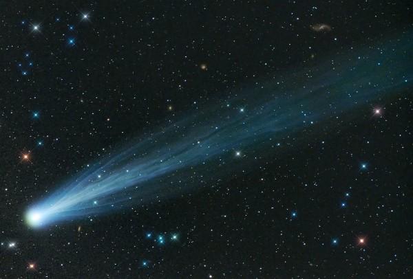 Cometa Sursa: sfatuitoarea.blogspot.com