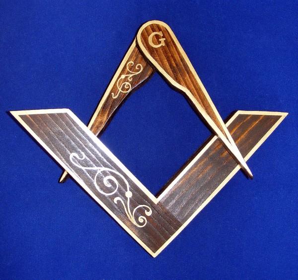 Echer Sursa: mason-art.blogspot.com