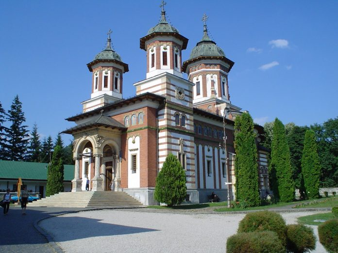 Interpretare vis in care apare o manastire