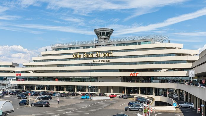 Interpretare vis in care apare un aeroport