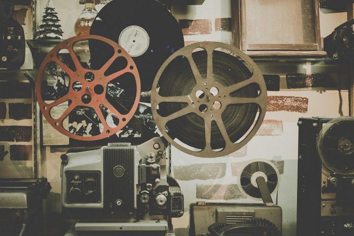 Interpretare vis in care apare un film