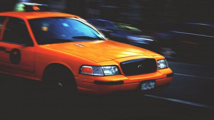 Interpretare vis in care apare un taxi
