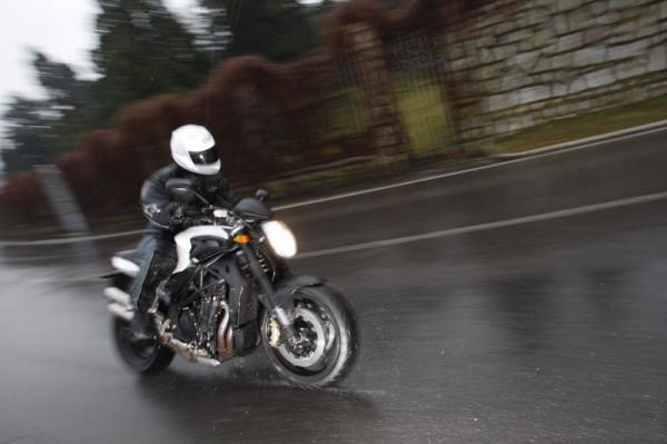 O acceleratie Sursa: andreistroescu.blogspot.com