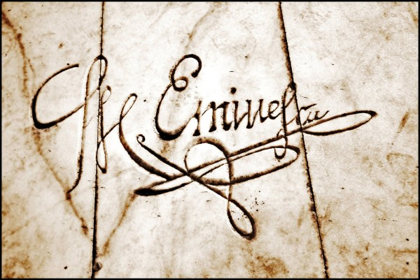 O semnatura Sursa: razvan-codrescu.blogspot.com