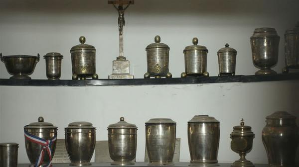 O urna Sursa: lazfamilytravel.blogspot.com