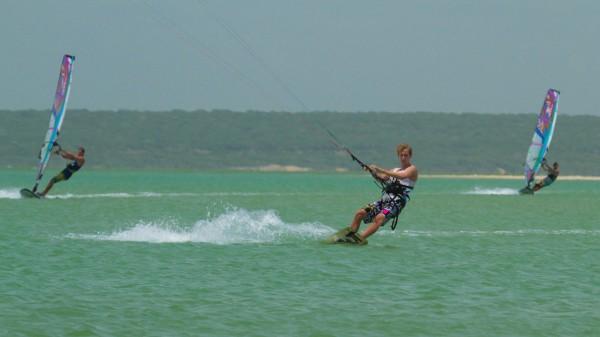 Paradis Sursa: kiteschule-srilanka.blogspot.com