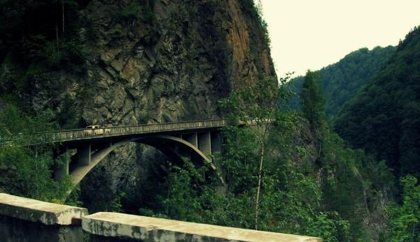 Un baraj Sursa: locuri-nevazute.blogspot.com