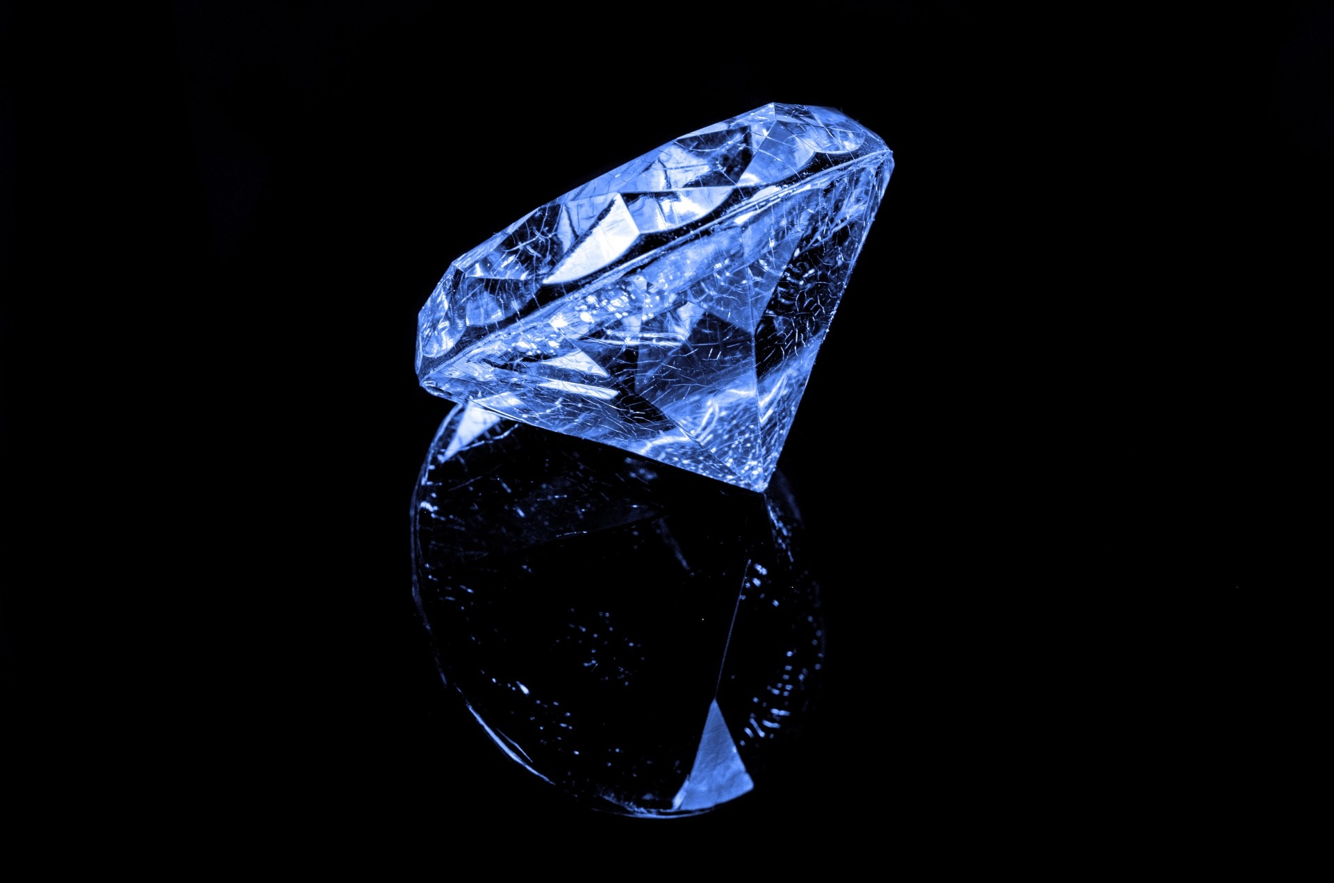 diamant albastru
