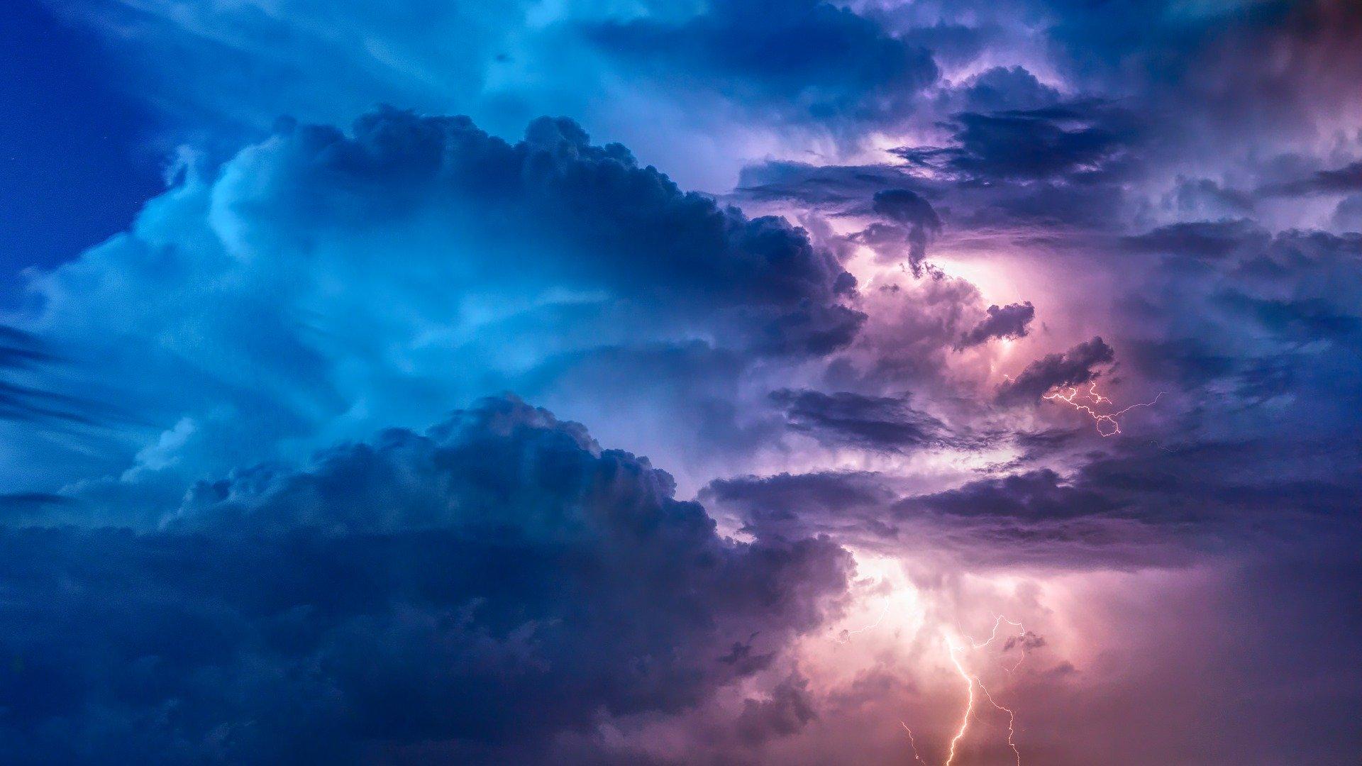 nori pe timpul unei furtuni