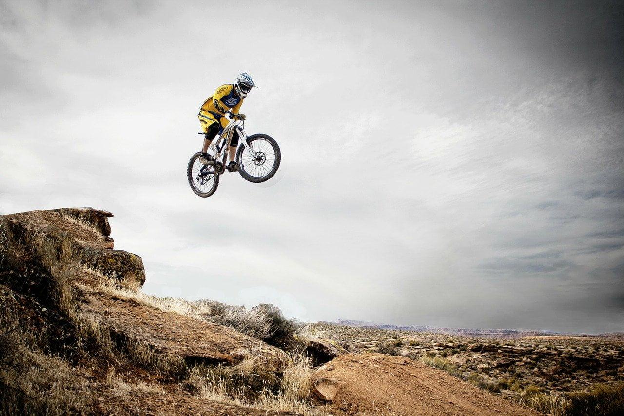 saritura cu bicicleta