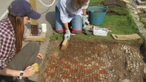 Dezvelit Sursa: archaeologynewsnetwork.blogspot.com