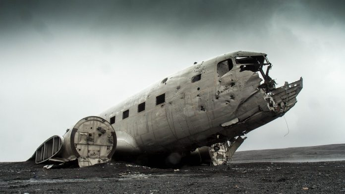 Interpretare vis in care esti martor la un accident de avion si vezi cum se prabuseste