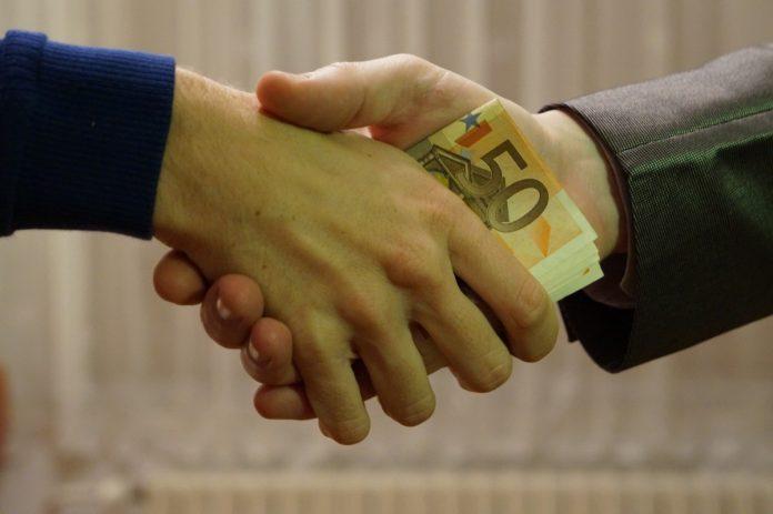 Interpretare vis in care imprumuti pe cineva si nu mai primesti banii