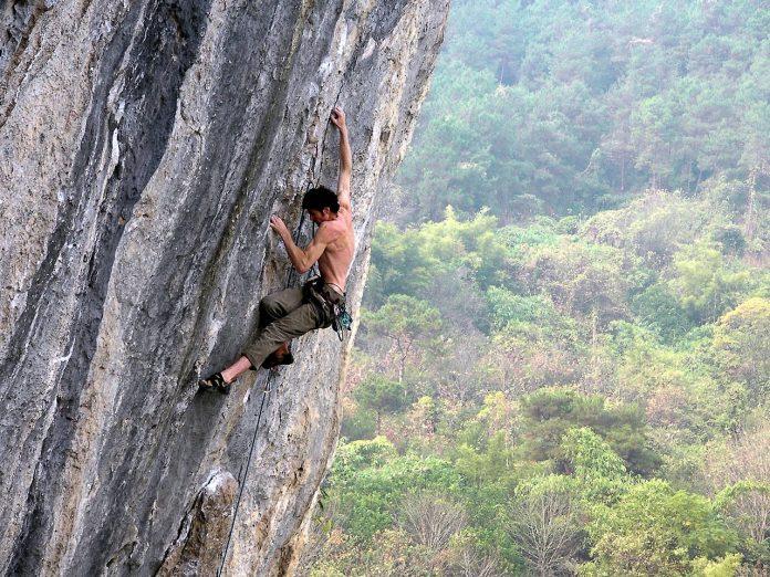 Interpretare vis in care incerci in zadar sa urci pe un munte