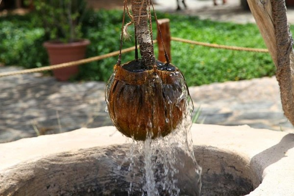 Apa din fantana, Foto: sunday-schoollessons.blogspot.ro