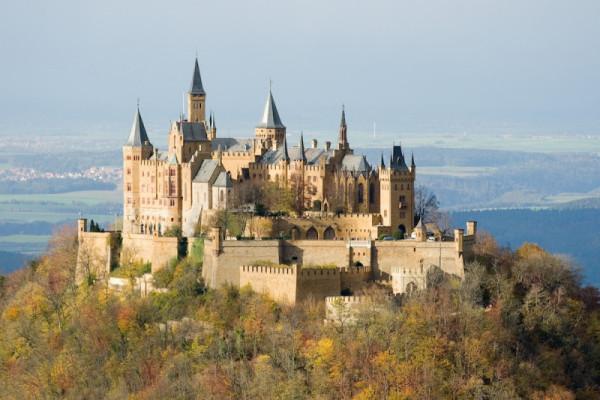 Castel din Evul Mediu, Foto: blog.mytapin.com/