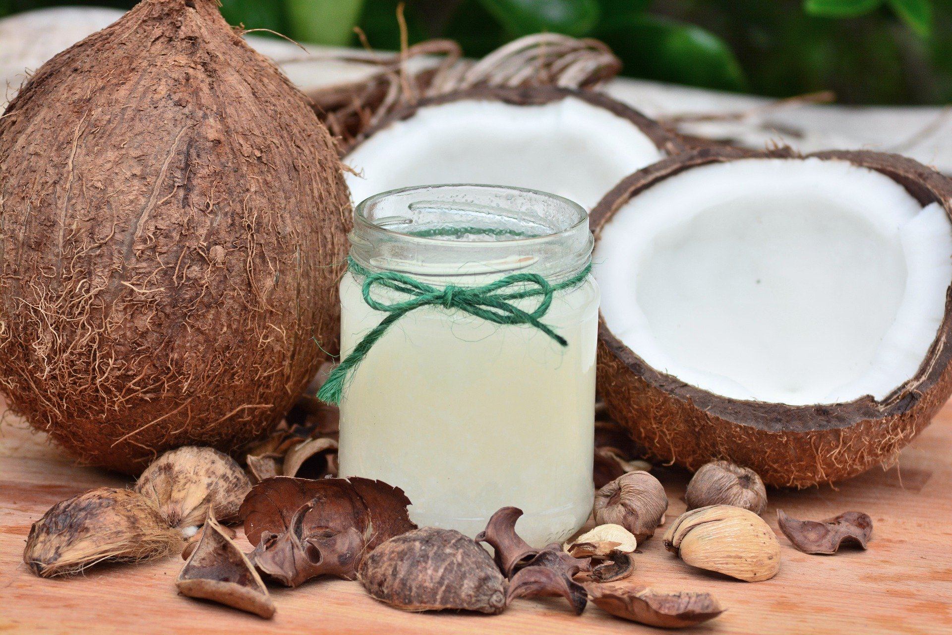 mananci nuca de cocos