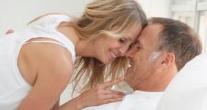 Iubind o persoana in varsta, Foto: minimagazin.info