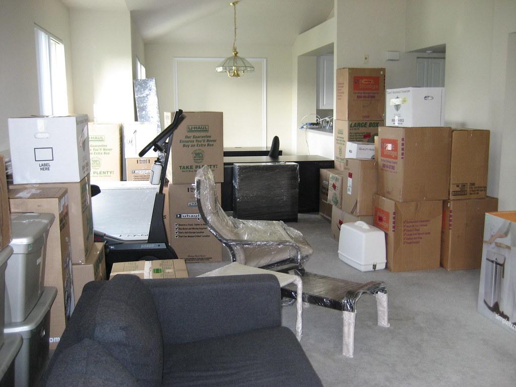 muta mobila prin casa