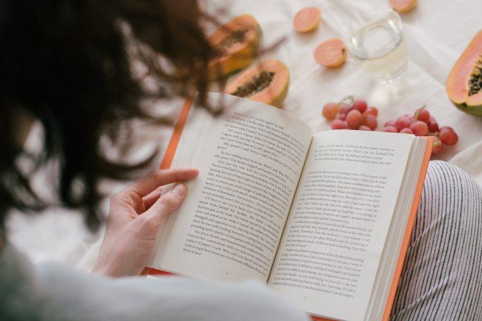 Interpretare vis in care citesti o carte