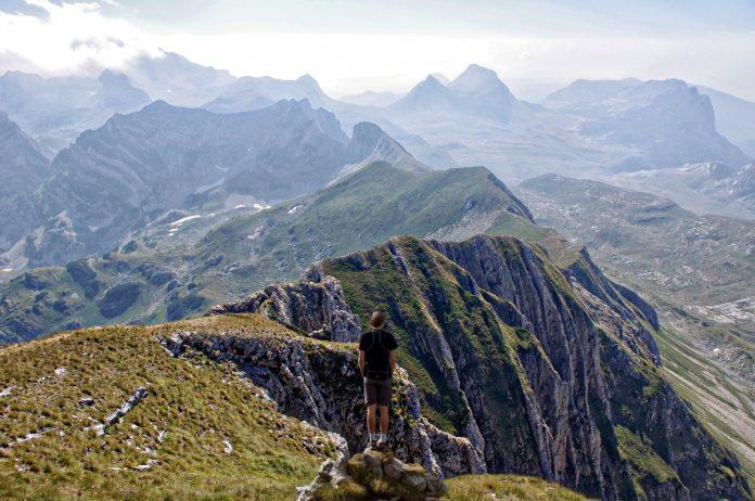 Interpretare vis in care te pravalesti de pe un munte
