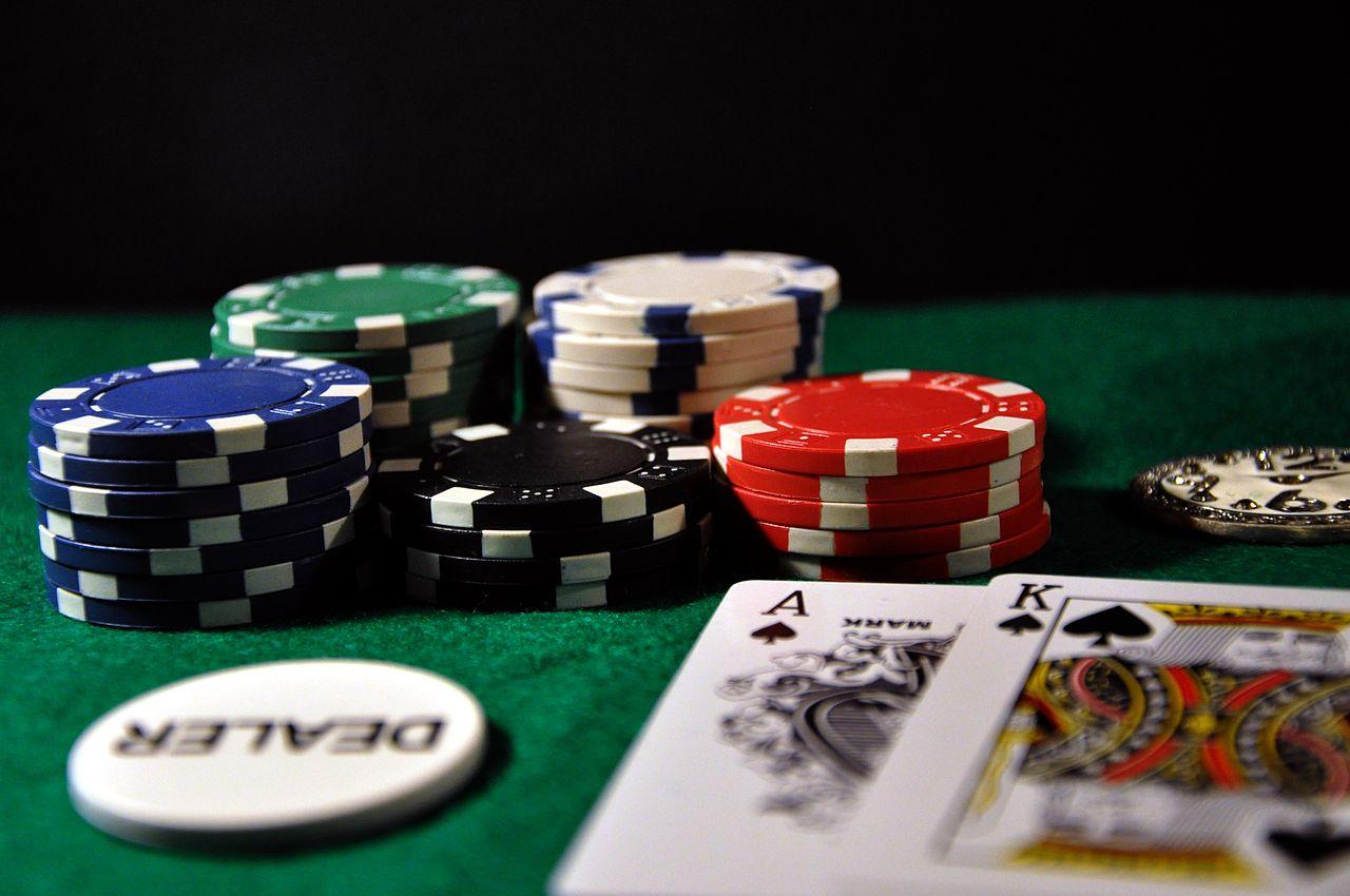 joc de carti si pierzi