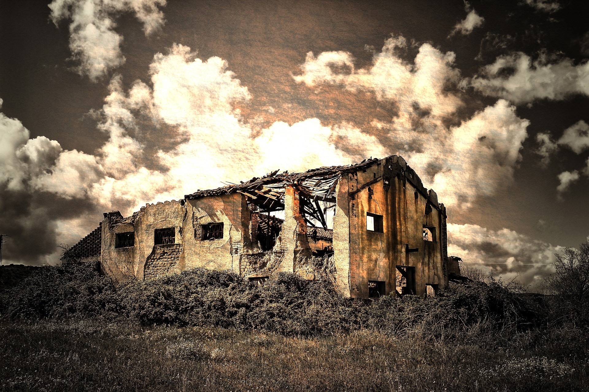 cladire abandonata