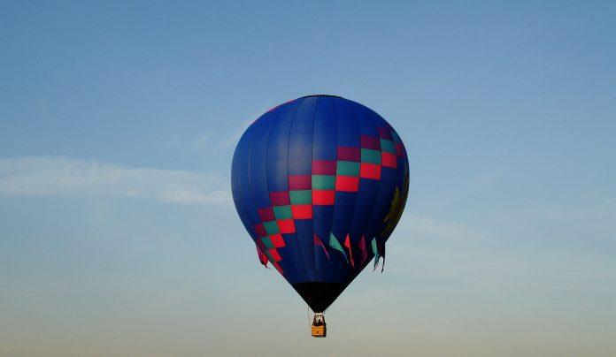 Interpretare vis in care zbori intr-un balon de croaziera
