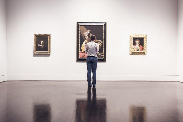 Interpretare vis in care sunt multe tablouri pe pereti cu tine si viata ta