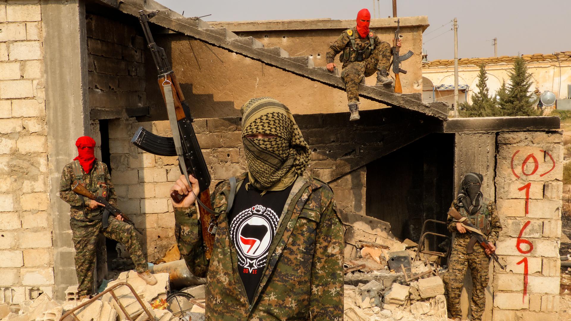 grup de teroristi